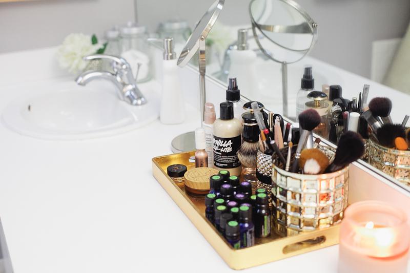 Tych błędów nigdy nie popełniaj! Jak poprawnie dbać o skórę i włosy?