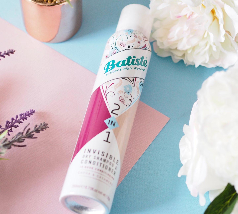 Kilka sposobów na zastosowanie suchego szamponu Batiste