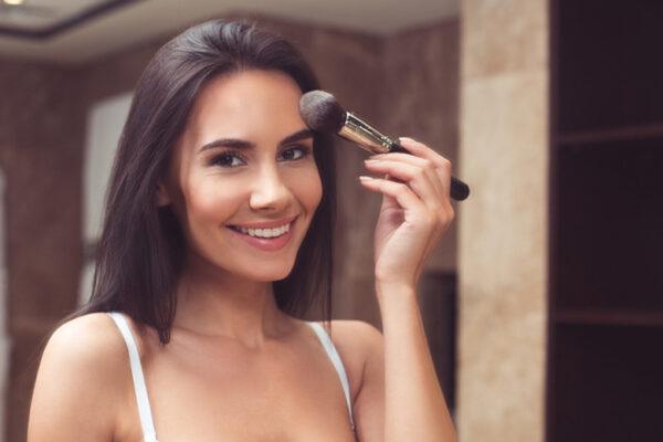 Błędy w makijażu, o których nie wicie, że je robicie!